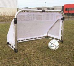 Összecsukható alumínium focikapu hálóval, 120x80 cm