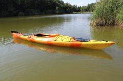 SeaSide Lotus 420 túra és tengeri kajak kormányrendszerrel